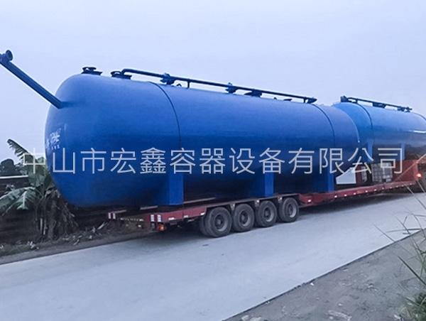 硫酸储罐抗腐蚀性能强,具有塑料的优点
